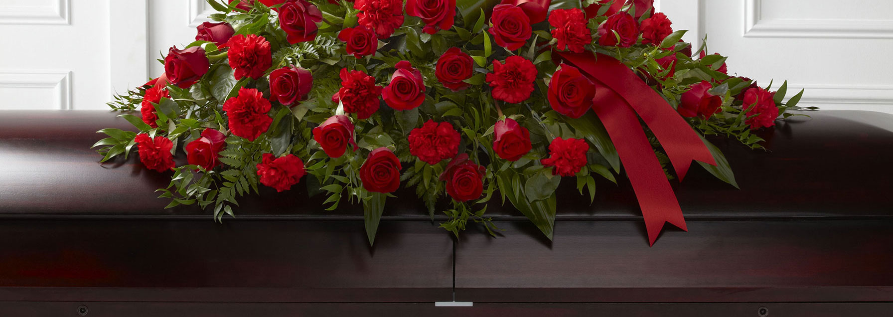 Ottawa funeral simpathy flowers free delivery sympathy ottawa funeral flowers red casket spray izmirmasajfo Choice Image
